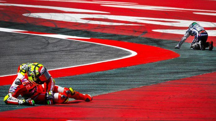 iannone-lorenzo-crash-2016