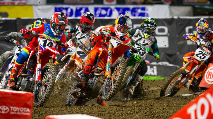 AMA Supercross al via ad Anaheim